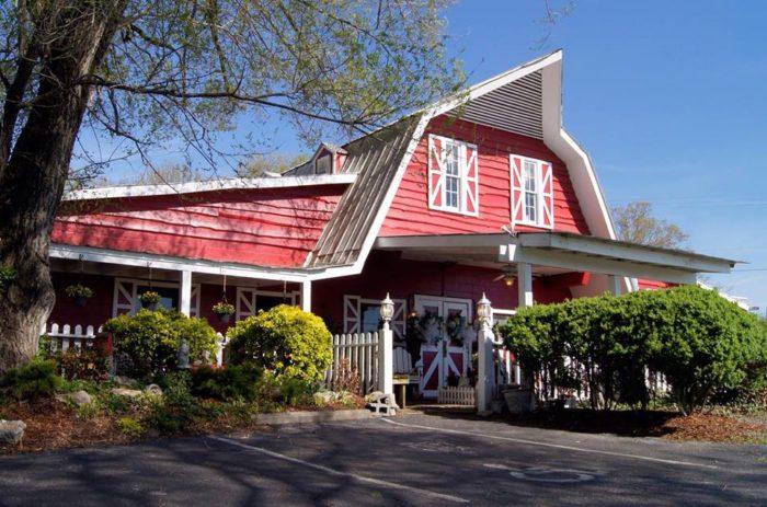 5 Best Barn Restaurants In Tennessee