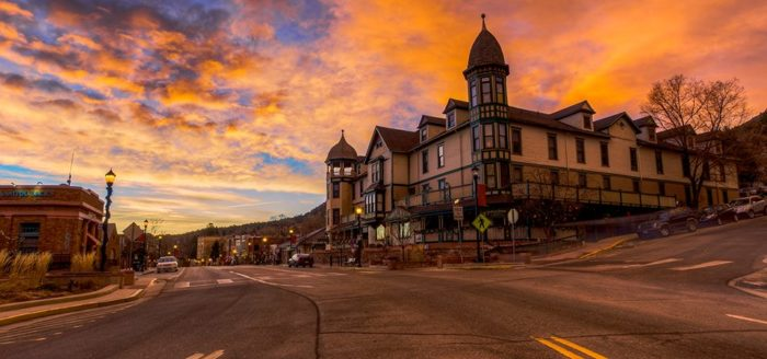 The Small Town In Colorado That Transforms Into A Magical