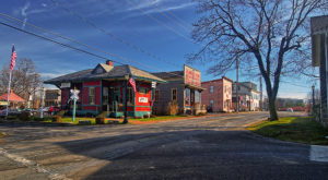 The Tiny Town Near Cleveland With The Most Scrumdiddilyumptious Restaurants