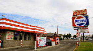 There's A Small Town In Washington Known For Its Truly Epic Burgers