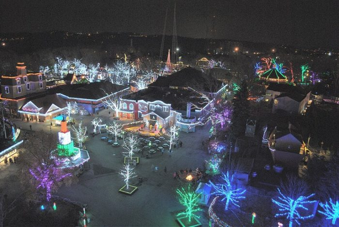 Holiday Lights at Kennywood: The Winter Walk In Pittsburgh ...
