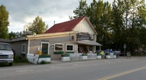This Unsuspecting Alaska Diner Has Some Of The Best Food In The State