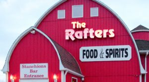 This Beauteous Barn Restaurant In Illinois Is A Country Lover's Dream