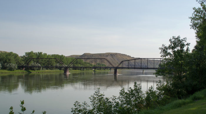 fort benton singles Paddling montana a beginner's  the most popular stretch on this well-known river is from coal banks landing below fort benton to the fred robinson bridge on us.