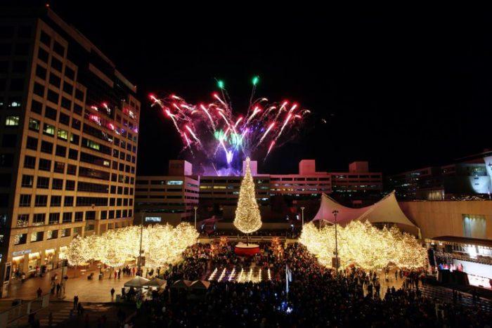 the mayors tree at crown center square 2450 grand blvd kansas city missouri - Christmas Lights In Kansas City