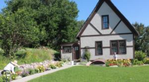 An Unexpected English Garden Is Hiding In South Dakota