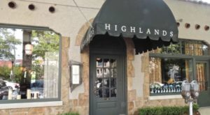 10 Famous Restaurants In Alabama That Are So Worth Waiting In Line For