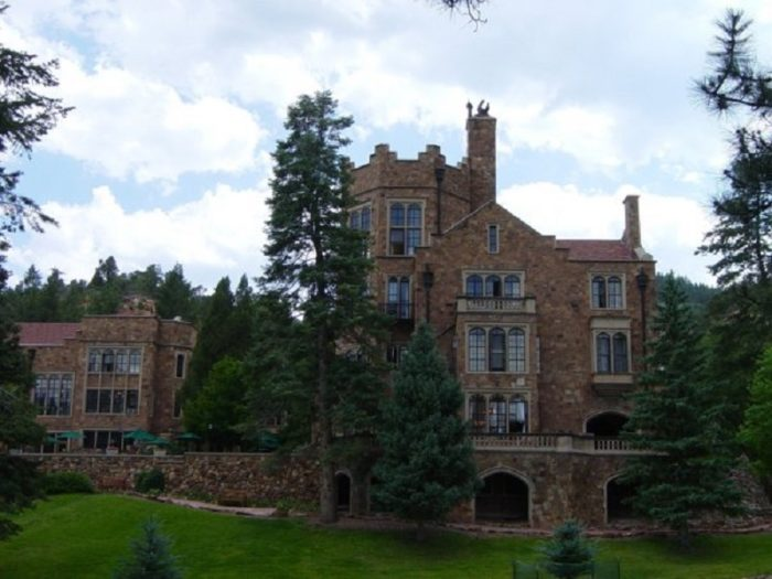 The hidden castle in colorado that almost no one knows about for Glen castle