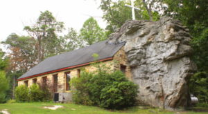 You'll Discover The Best Hidden Treasures While Exploring These 10 Small Towns In Alabama
