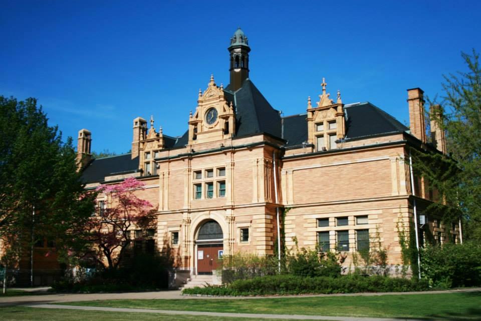 Rhode Island Museum Of Natural History And Planetarium