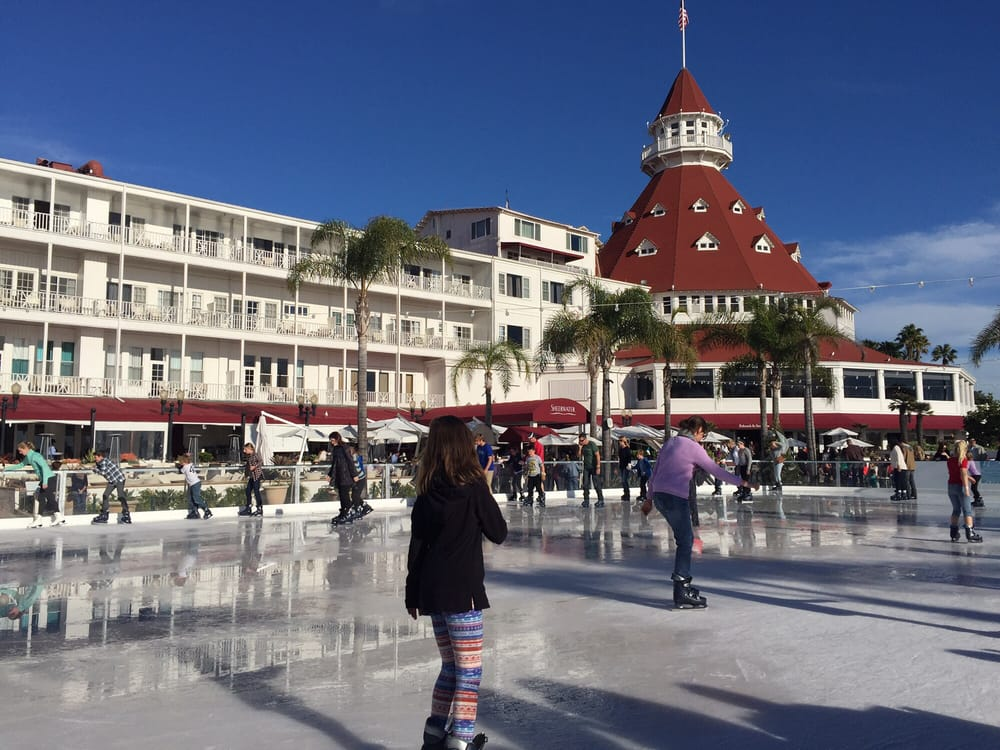 You Can Ice Skate By The Sea At Hotel Del Coronado In