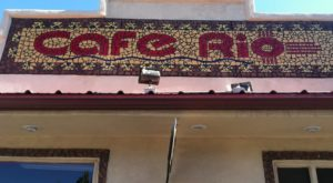 The Little Hole-In-The-Wall Restaurant That Serves the Best Pizza In New Mexico