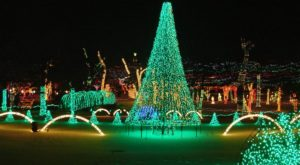The Mesmerizing Christmas Display In Oklahoma With Over 2 Million Glittering Lights