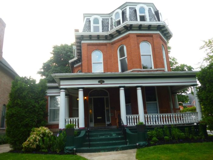 The Parkside House Bed Breakfast