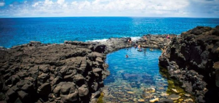 There's A Secret Volcanic Pool Hiding In Hawaii And It's A Piece Of Paradise