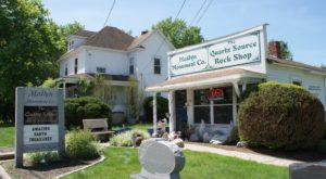 There's A New Hampshire Shop Solely Dedicated To Rocks and Minerals And You Have To Visit