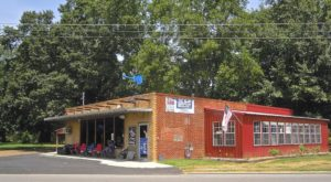 No Matter What You Order, You Can't Go Wrong At This Mississippi Hole-In-The-Wall