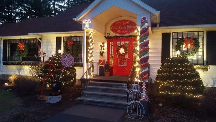 callies candy kitchen and pretzel factory woos candy lovers through its front doors all year around - Callies Candy Kitchen