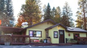 These 10 Oregon Restaurants Serve The Most Finger-Licking Good Fish Tacos In The State