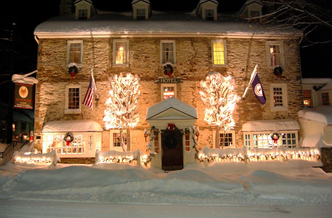 The Red Fox Tavern Is Positively Magical During Christmas Time