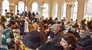 Massachusetts Has Its Very Own Craft Christmas Market And You'll Want To Visit