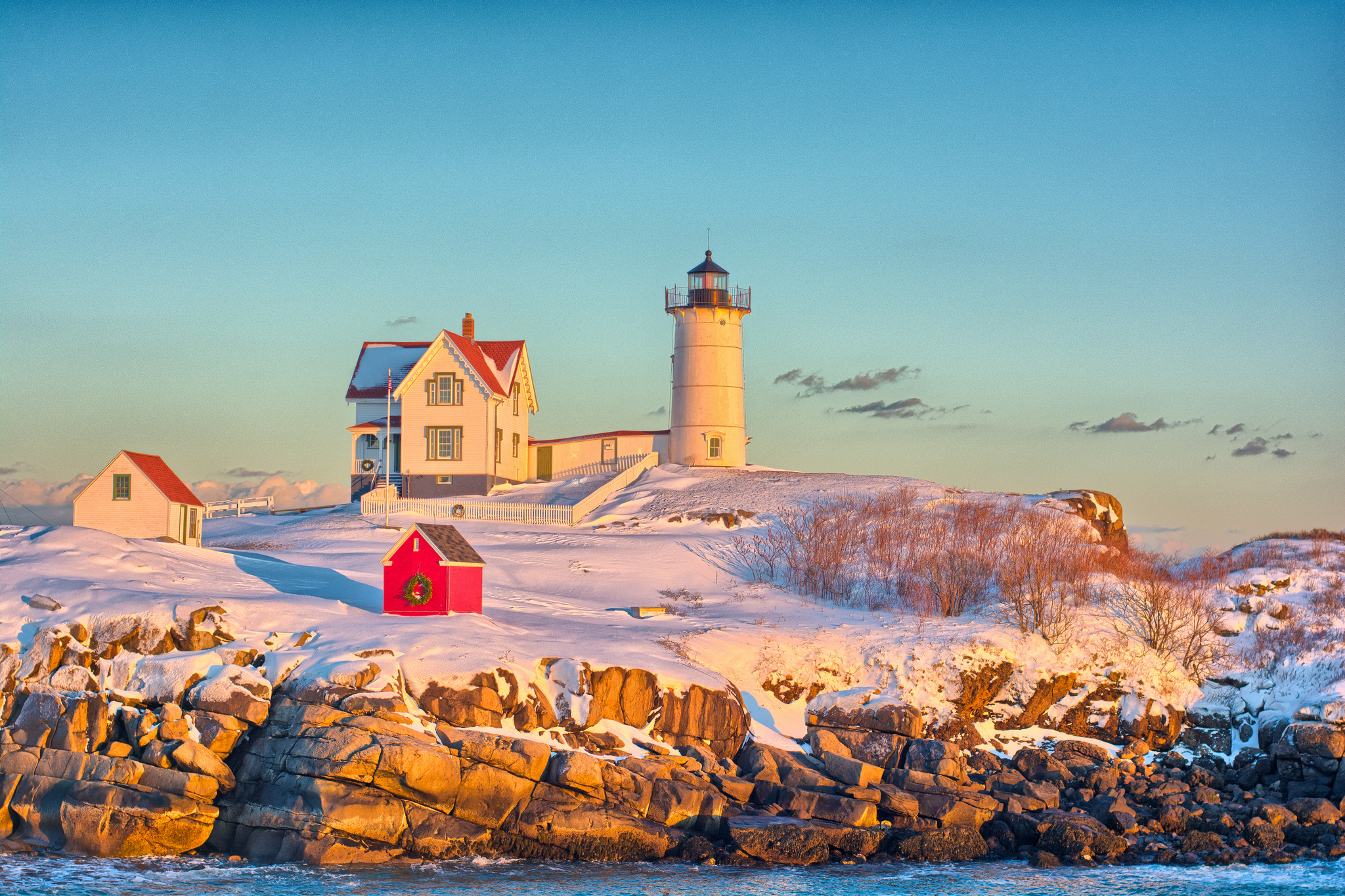 You Must Visit These 8 Awesome Places In Maine This Winter