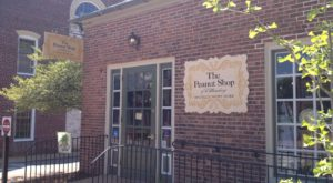There's A Virginia Shop Solely Dedicated To Peanuts And You Have To Visit