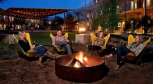 This Fireside Patio in Austin Is All You Need This Winter