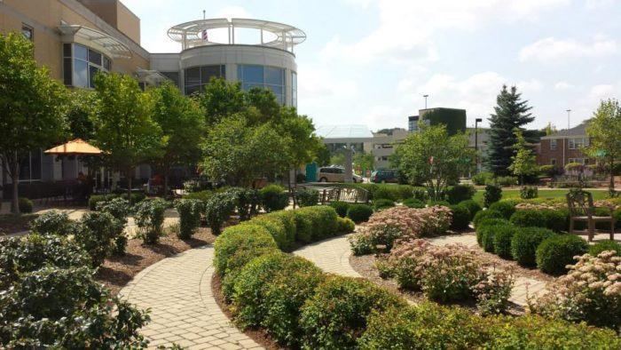 6 best hospitals around milwaukee for Gardens regional hospital and medical center
