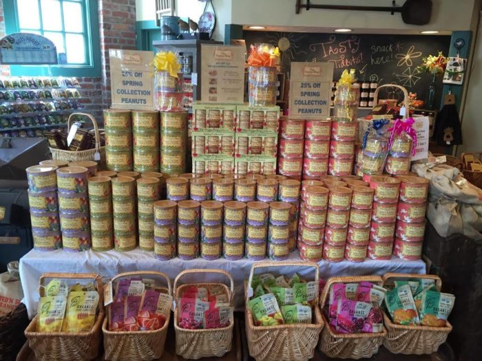 Shop for quality gourmet foods grown in Virginia from VA Finest members, including jumbo Virginia peanuts, hams and more. Find gift baskets filled with nuts, gourmet sauces, meats, seafood & other unique gifts from the heart of Virginia's Finest.