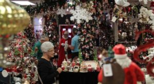 The Christmas Store In Arkansas That's Simply Magical
