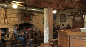 The Secluded Restaurant In Iowa That Looks Straight Out Of A Storybook