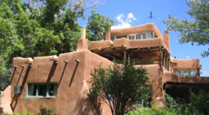 You'll Want To Visit These 9 Houses In New Mexico For Their Incredible Pasts