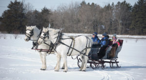 You Must Visit These 10 Awesome Places In Iowa This Winter