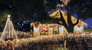 Here's The Perfect Weekend Itinerary If You Love Seeing Southern California's Magical Christmas Lights