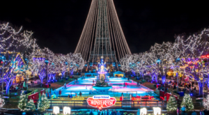 The Ohio Amusement Park That Transforms Into A Winter Wonderland Every Year