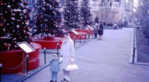 9 Nostalgic Photos Of Downtown Cincinnati At Christmastime