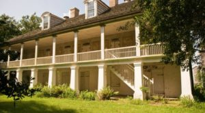 Everyone Should Visit This One-Of-A-Kind-Plantation In Louisiana At Least Once