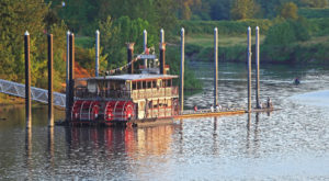A Ride Aboard This Old-Fashioned Sternwheeler In Oregon Will Take You On An Unforgettable Adventure