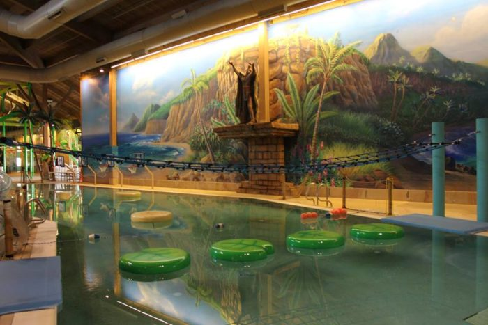 Splash Lagoon This Indoor Waterpark Near Pittsburgh Is