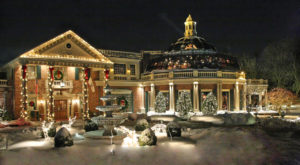 The One Restaurant In New Jersey That Becomes Even More Enchanting At Christmas Time