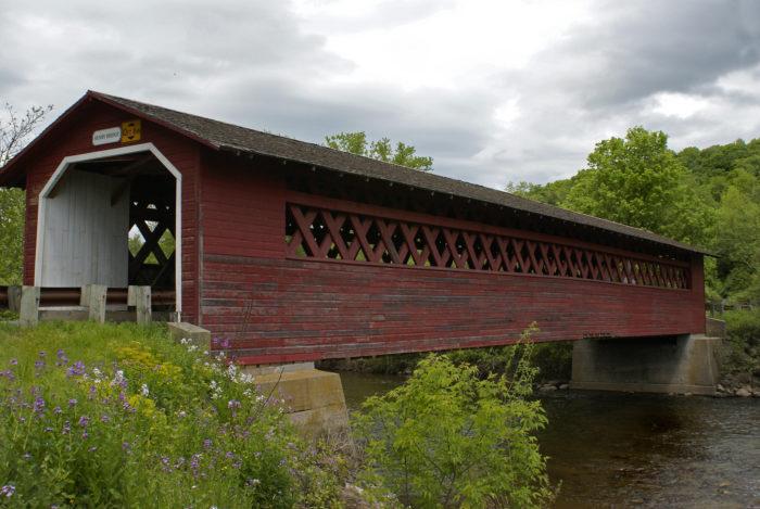 Kissing Bridge Vermont This Covered Bri...
