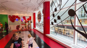 FAO Schwarz Is Returning To New York City And So Is The Giant Floor Piano