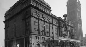 10 Photos That Show How Much Milwaukee Has Changed… And How Much It Hasn't