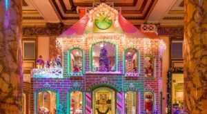 There's A Two Story Gingerbread House Right Here In San Francisco And You Must See It In Person
