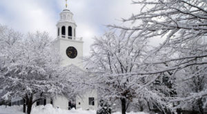 10 Enchanting Massachusetts Towns That Feel Like You've Fallen Into A Snow Globe