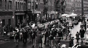 14 Nostalgic Photos Of Boston's North End Christmas Parade