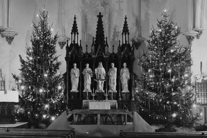 17 Best Vintage Photos Of Cleveland At Christmastime