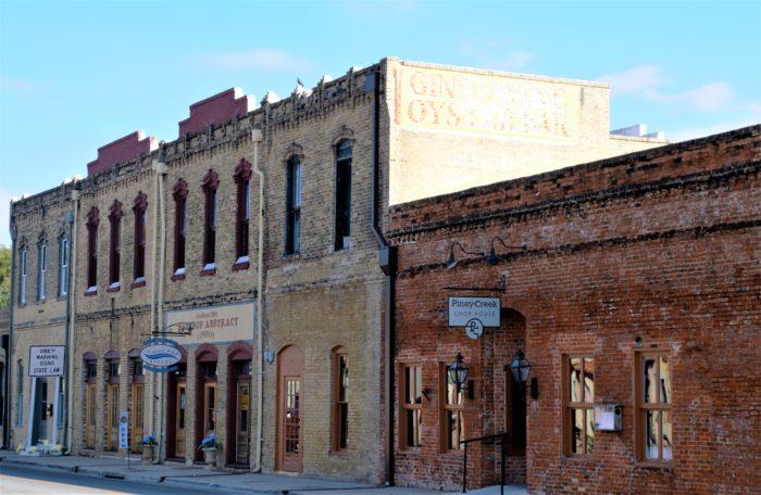 7 Most Underrated Towns Around Austin