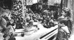 17 Nostalgic Photos Of Downtown Cleveland At Christmastime